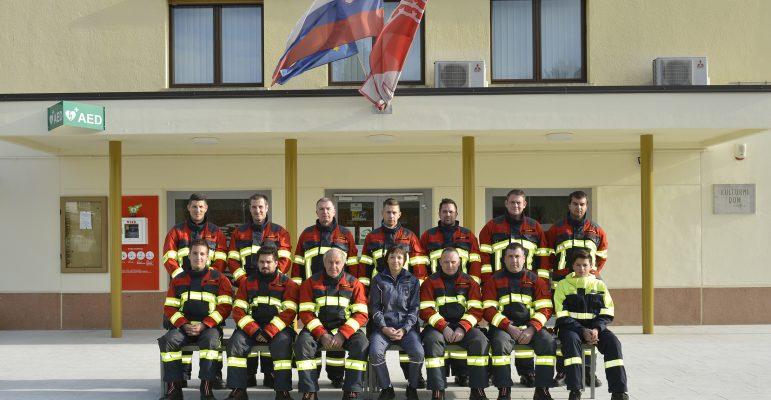 Gasilci v S-Gard HUNTER oblekah