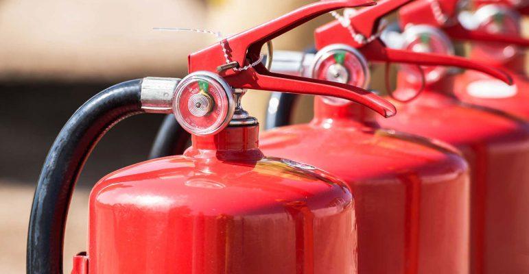 Gašenje začetnih požarov v gospodinjstvu - izbira gasilnika