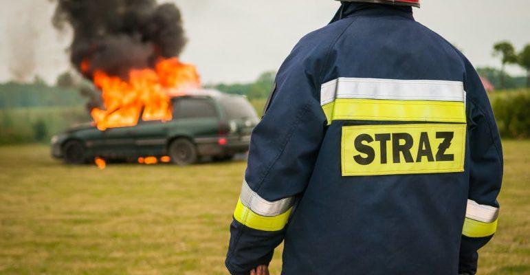 Zakaj je dobro imeti gasilni aparat v avtu?