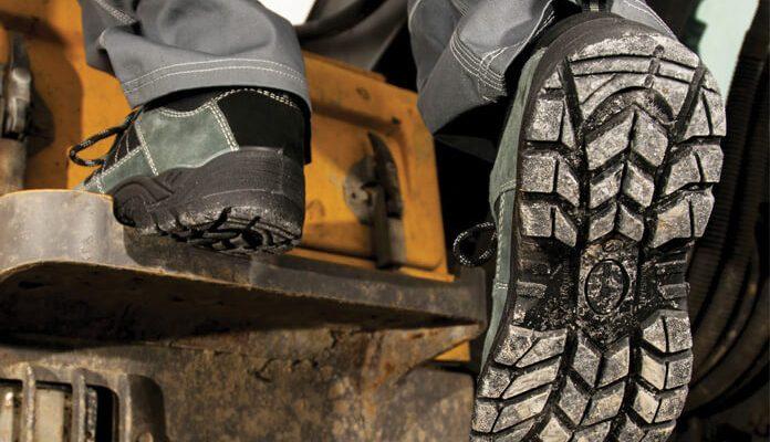Poznate razliko med zaščitno in delovno obutvijo?